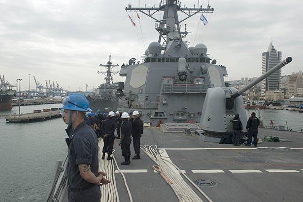 """Як виглядає """"брат"""" """"Джона Маккейна"""", який Чорному морі росіян лякає  (ФОТО) - фото 10"""