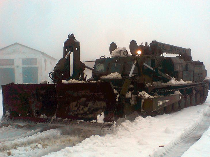 До боротьби із сніговою стихією на Одещині залучили армію - фото 1