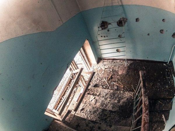 Опубліковані фото зруйнованої лікарні в Донецьку (ФОТОРЕПОРТАЖ) - фото 6