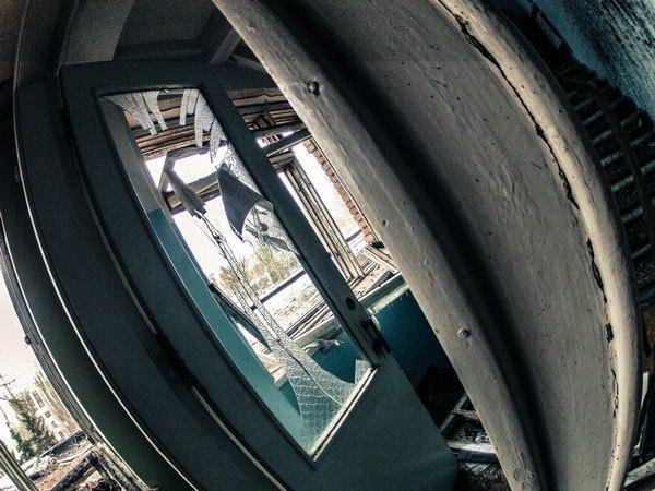 Опубліковані фото зруйнованої лікарні в Донецьку (ФОТОРЕПОРТАЖ) - фото 4