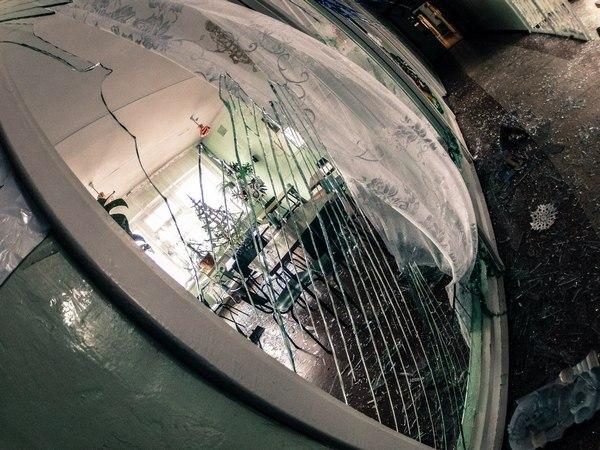 Опубліковані фото зруйнованої лікарні в Донецьку (ФОТОРЕПОРТАЖ) - фото 2