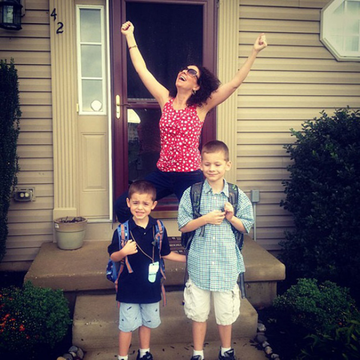 15 нестримно щасливих батьків, які, нарешті, відправляють дітей до школи - фото 8
