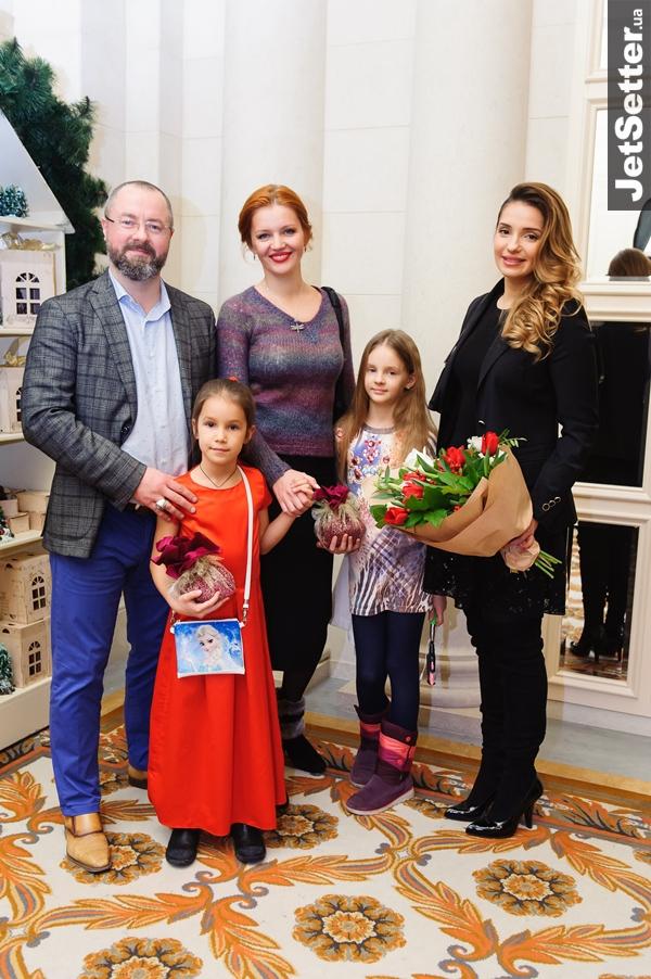 Як донька Тимошенко з чоловіком благодійний бал влаштувала  - фото 4