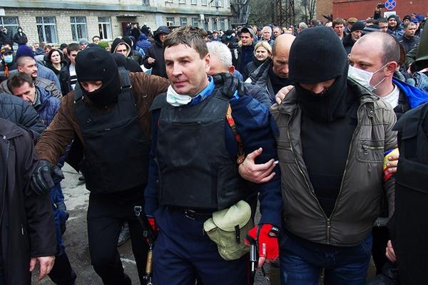 Аваков дав керівну посаду захиснику українського прапора у Горлівці - фото 1
