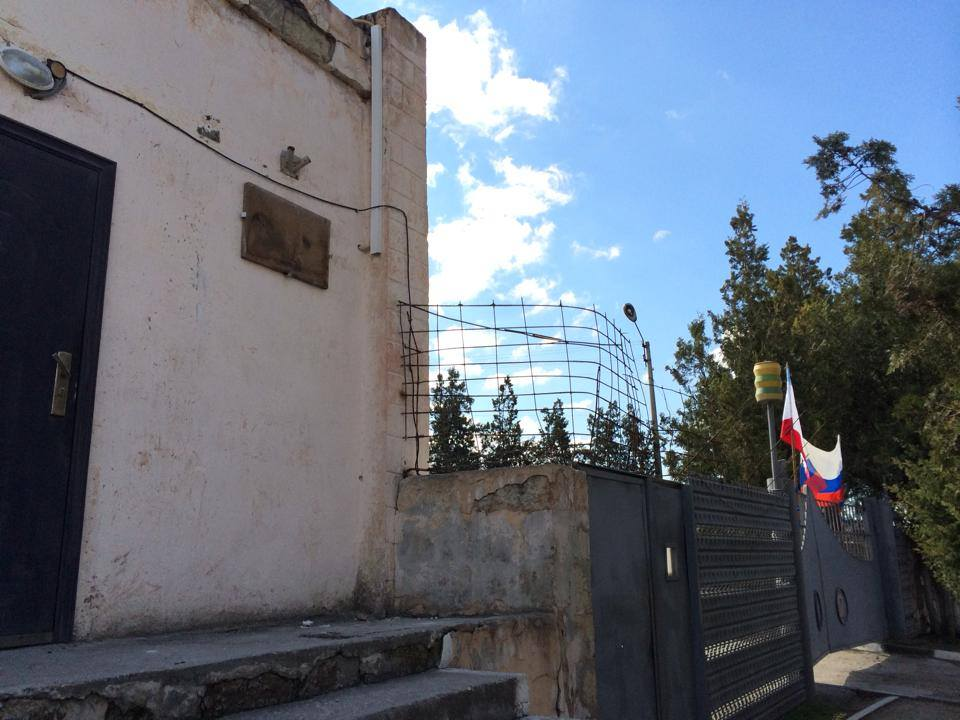 Хроніки окупації Криму: українські військові вже готові стріляти в окупантів - фото 7