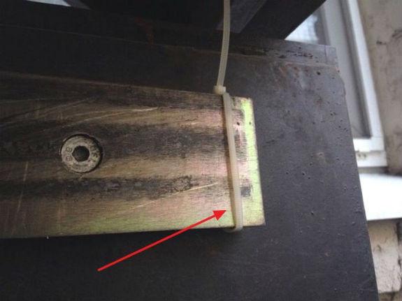 """Столичні """"домушники"""" стають винахідливішими: блокують магнітні замки на дверях  - фото 1"""
