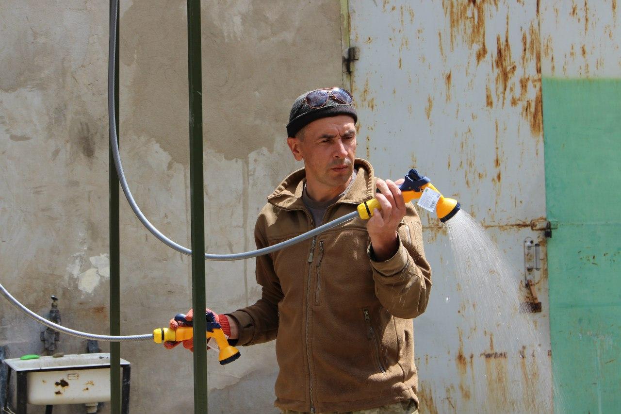 На Широколанівський полігон поїде 20 душових кабінок виробництва демобілізованих бійців