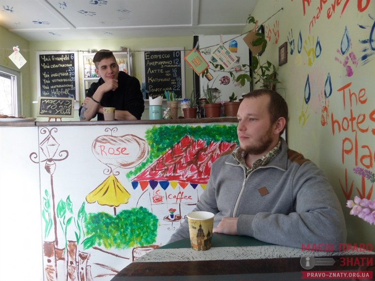 """Бійці АТО відкрили у Броварах кав'ярню """"Білий кролик"""" - фото 2"""