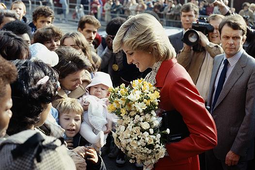 Як Кейт Міддлтон косить під принцесу Діану - фото 6