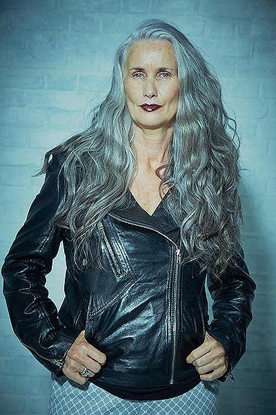 Найстарша модель Sports Illustrated: 56-річна Нікола Гріффін позує у бікіні - фото 4
