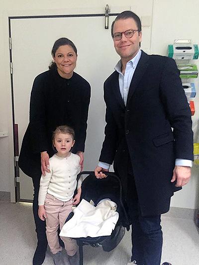 Кронпринцеса Швеції Вікторія опублікувала фото з новонародженим сином - фото 1