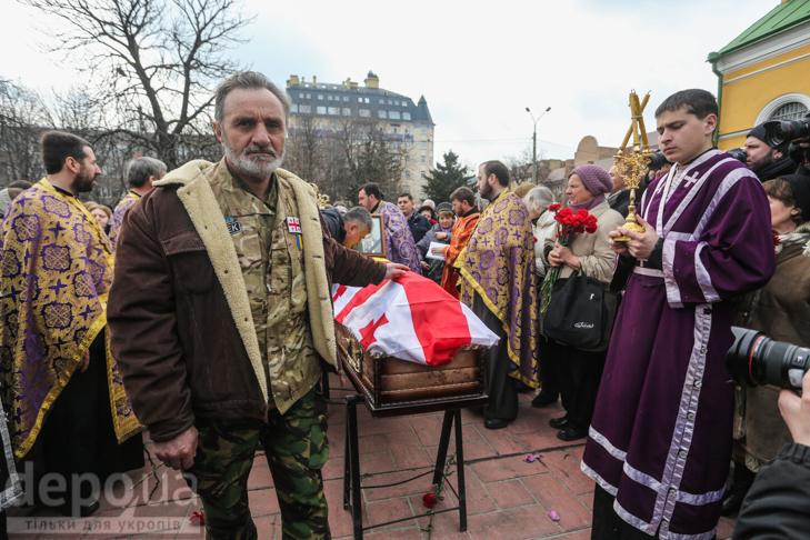 Як ховали Георгія Гонгадзе (ФОТОРЕПОРТАЖ) - фото 11
