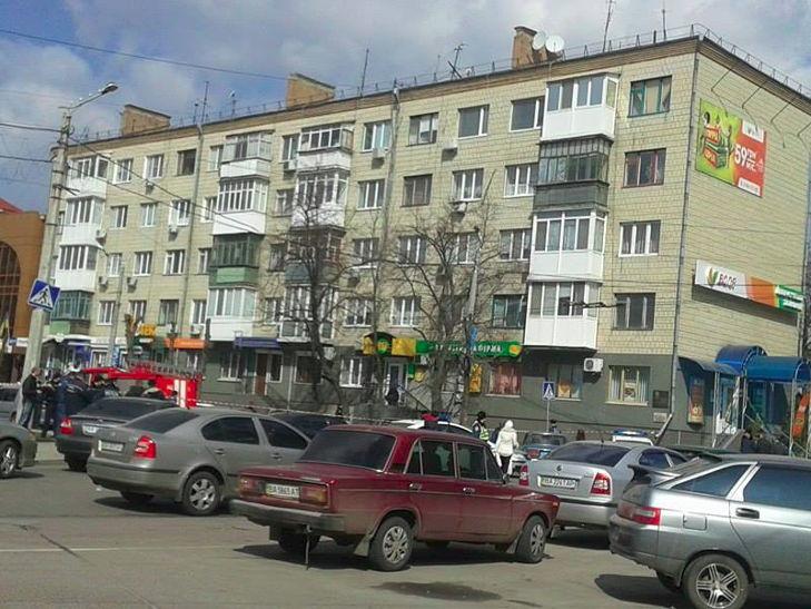 У центрі Кіровограда стався вибух, постраждала людина - фото 2