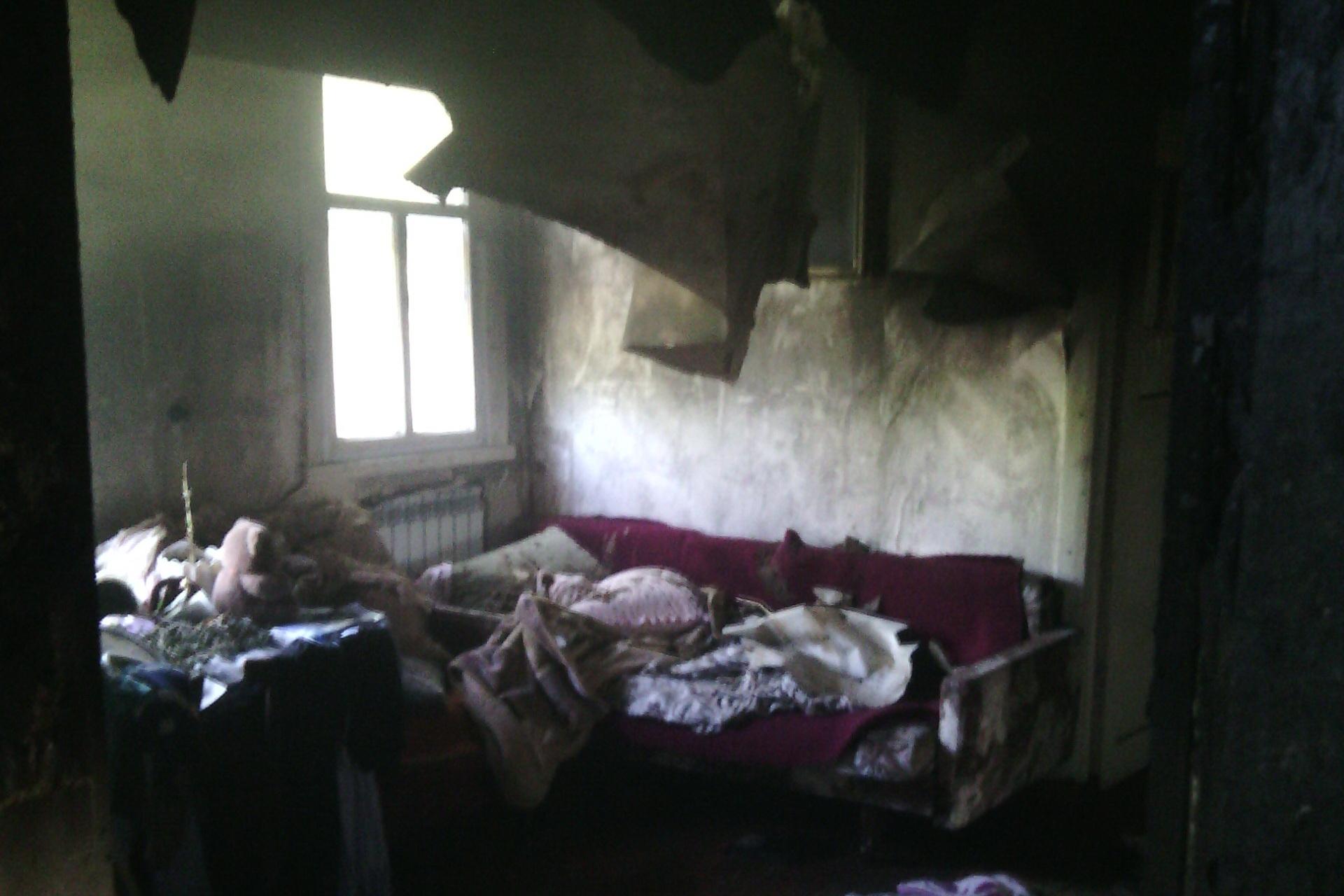 Під Харковом у вогні згоріла 3-річна дитина - фото 1