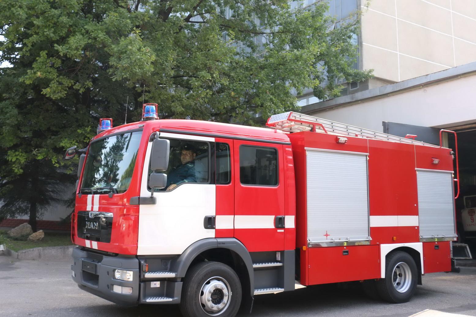 Харківські пожежні отримали ультрасучасну машину - фото 2