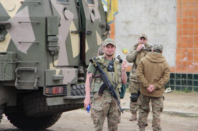 """В Одесі підрахували, скількіки бійців """"Азову"""" прибуло до міста - фото 4"""