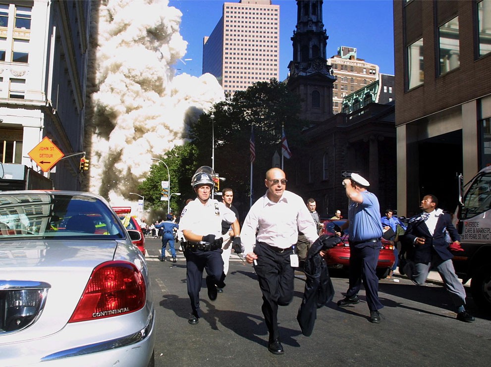 Трагедія 9/11: Сьогодні 14-та річниця наймасштабнішого теракту в історії США (ФОТО, ВІДЕО) - фото 5