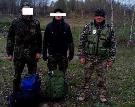 Прикордонники затримали сталкерів, які хотіли потрапити до зони відчуження ЧАЕС - фото 1
