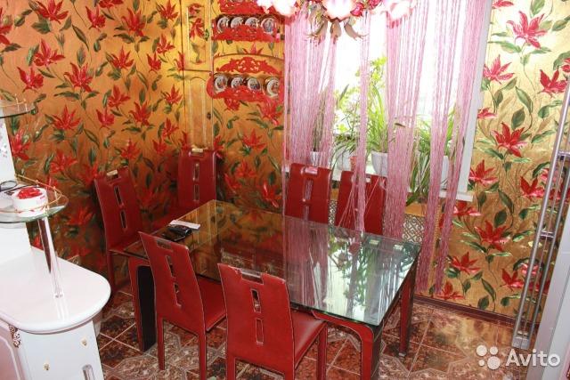 Пшонкастайл: на Росії продають трикімнатну квартиру усипану золотом - фото 7