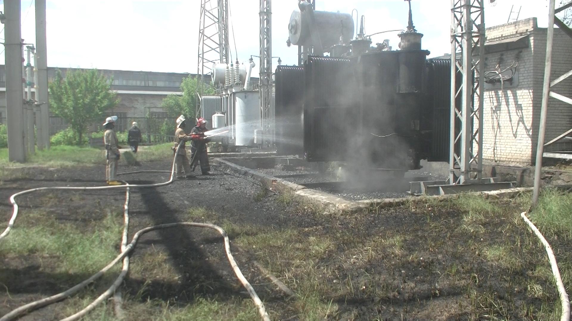 Рятувальники прокоментували пожежу на підстанції в Харкові (ВІДЕО, ФОТО)  - фото 1