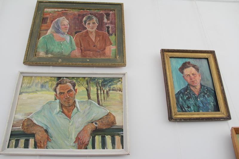 """Вінницький художник подарував півсотні картин """"Брестській фортеці-герою"""" - фото 2"""