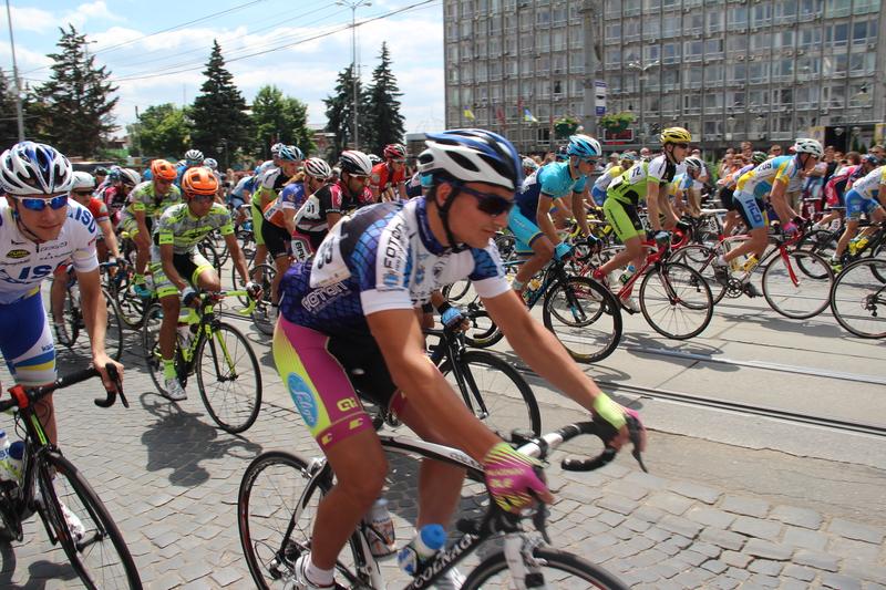 У Вінниці стартували міжнародні велогонки - фото 2