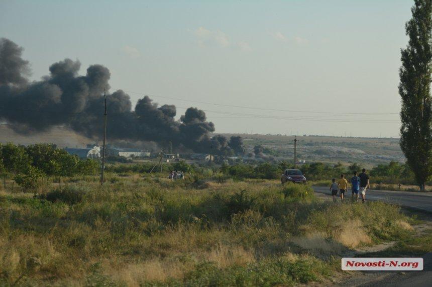 На Миколаївщині загорівся підпільний завод по переробці автомобільних шин - фото 2