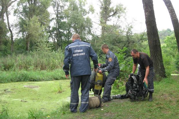 На Харківщині разом із автомобілем потонули дві жінки - фото 1
