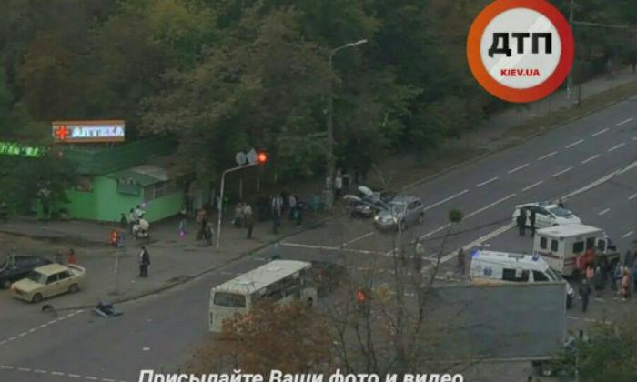У столиці в ДТП постраждали троє людей - фото 2