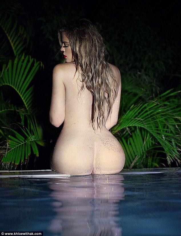 Ще одна Кардашіан показала зовсім голі сідниці (18+, ФОТО) - фото 1
