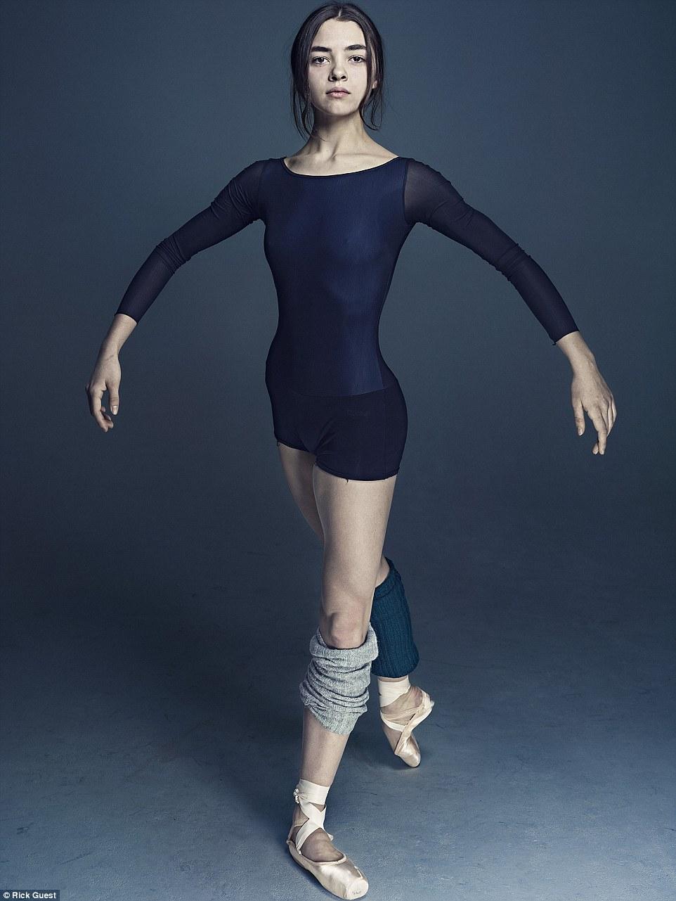 Неймовірні фото танцюристів балету підірвали мережу  - фото 8