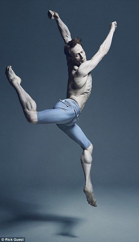Неймовірні фото танцюристів балету підірвали мережу  - фото 5