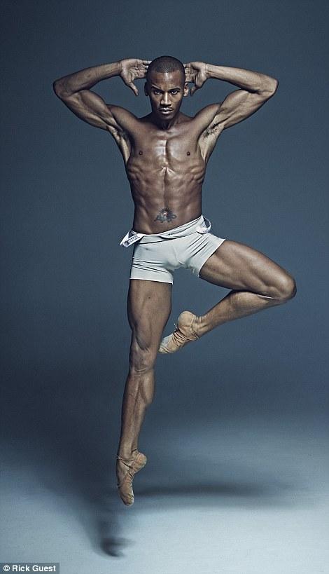 Неймовірні фото танцюристів балету підірвали мережу  - фото 7