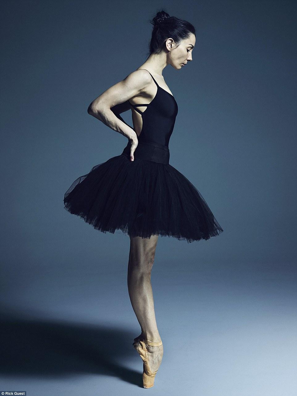 Неймовірні фото танцюристів балету підірвали мережу  - фото 6