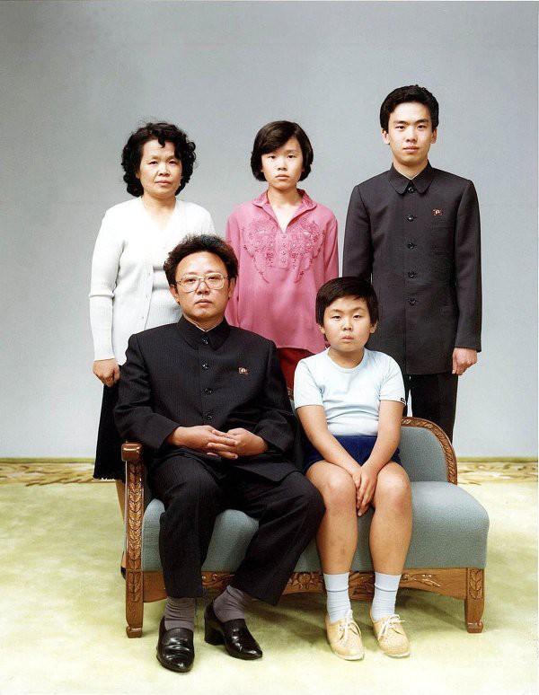 Як виглядали в дитинстві Путін, Порошенко, Обама та інші відомі політики - фото 10