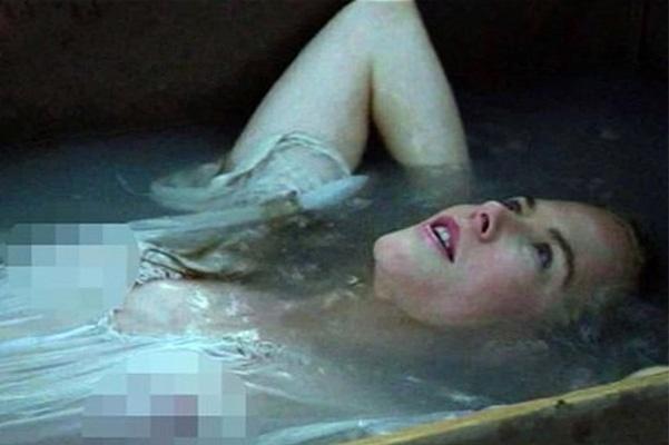 Ніколь Кідман оголила груди - фото 1