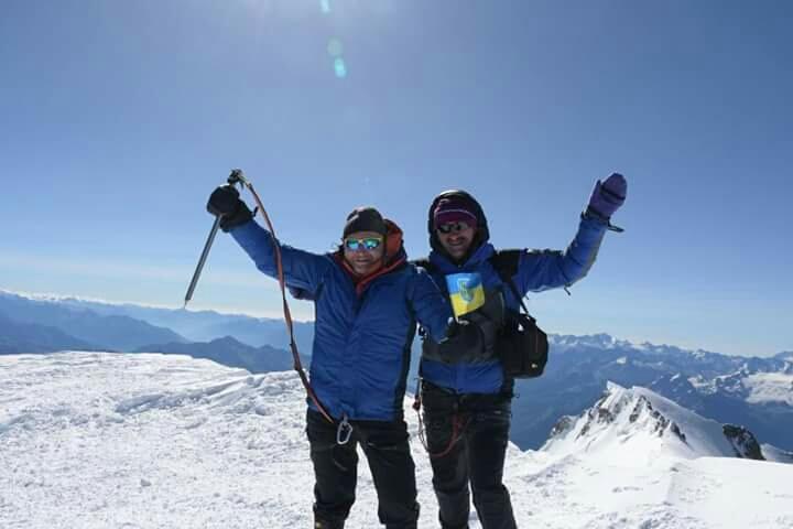 Харківській альпініст підкорив найвищу вершину Європи - фото 1
