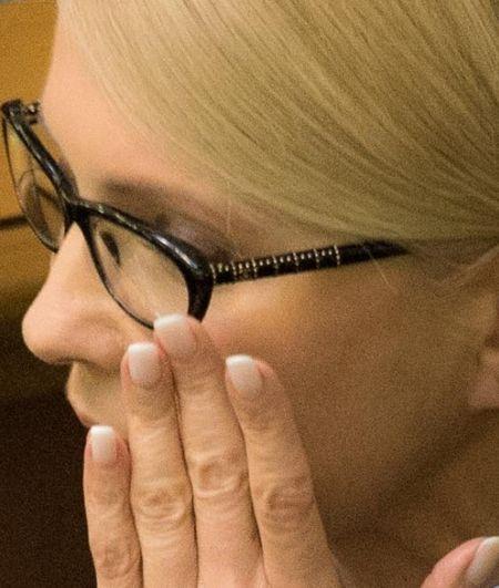 """Стало відомо, скільки тисяч коштують окуляри """"бідної"""" Тимошенко - фото 4"""