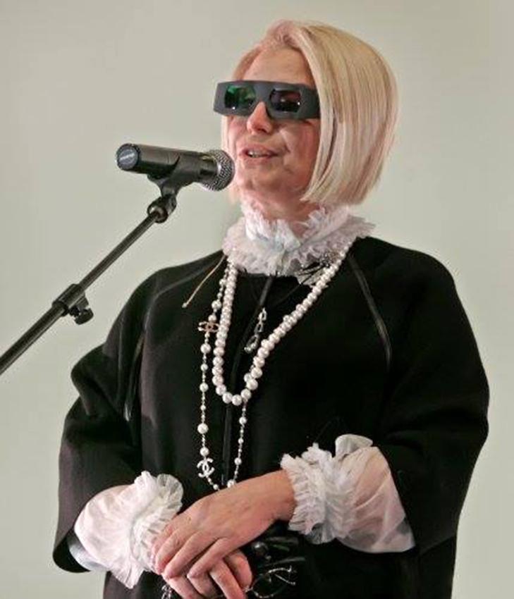 Королева перевтілень: 13 фотожаб на Ганну Герман - фото 11