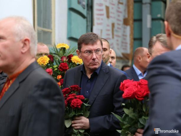 Депутати пішли з засідання раніше, щоб попрощатися з Тарановим  - фото 2