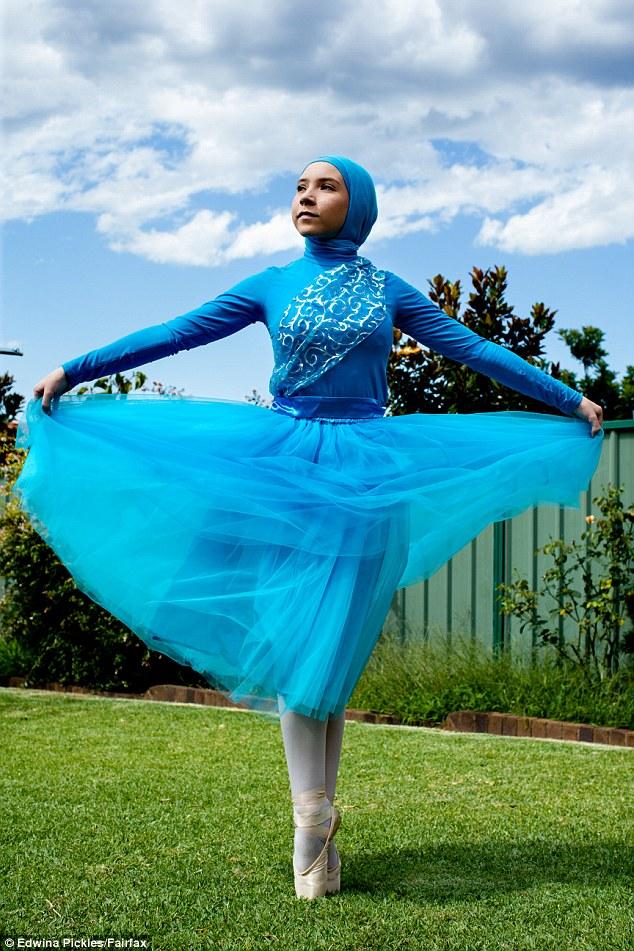 Як виглядає перша у світі мусульманська балерина в хіджабі  - фото 3