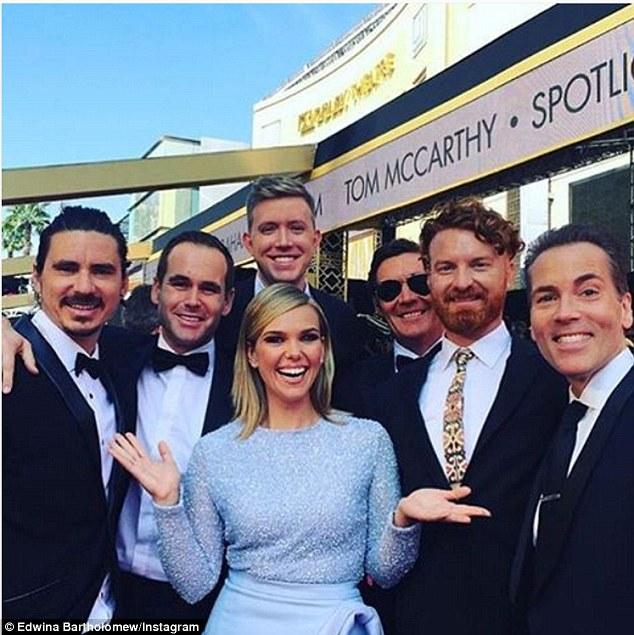 """Телеведуча з """"Оскару"""", сукню якої прикрасив статевий орган, спантеличила глядачів - фото 2"""
