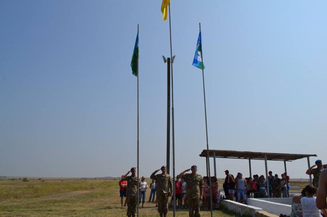 Рукопашний бій та десантування: у Миколаєві відбулись військові навчання - фото 3