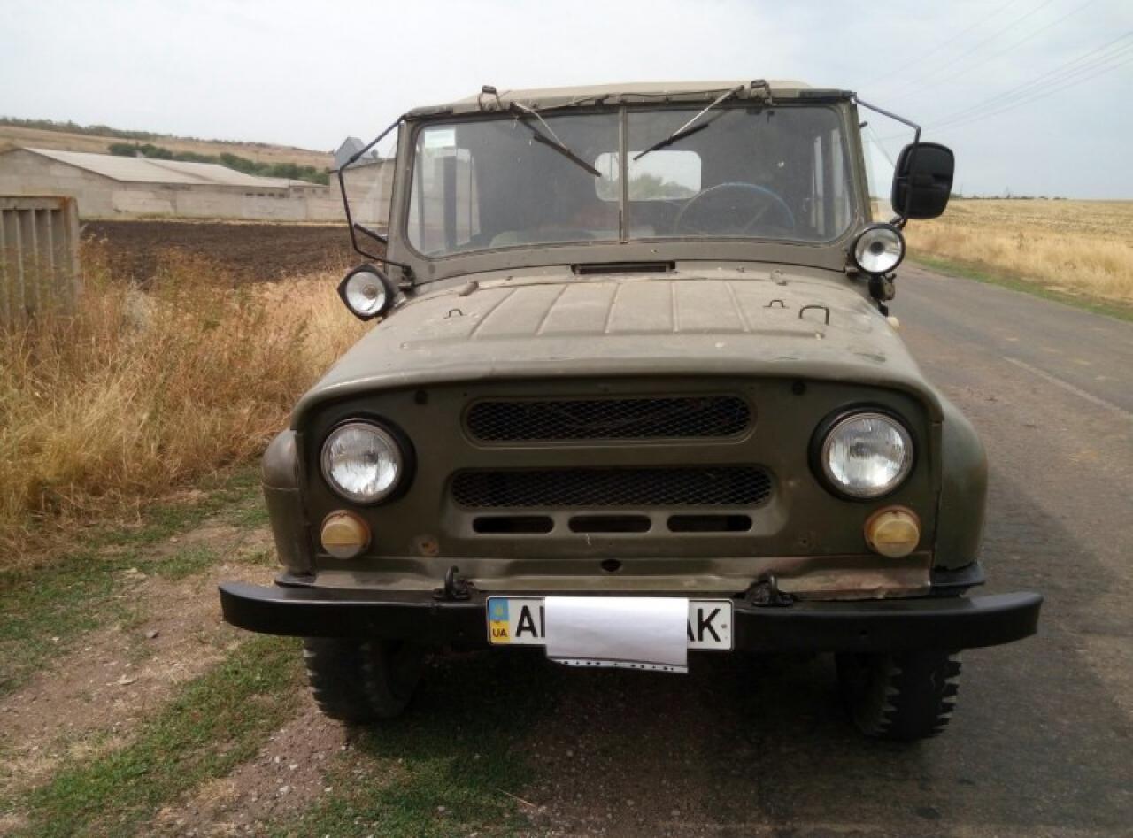 Миколаївські волонтери передали на передову автомобіль - фото 3