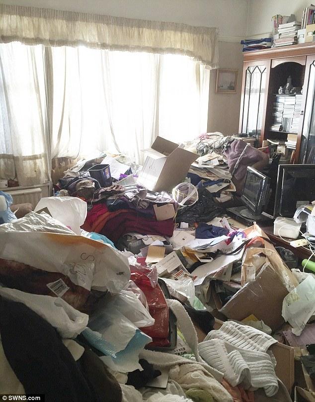 Як квартира професора за 30 років перетворилася на смітник - фото 3