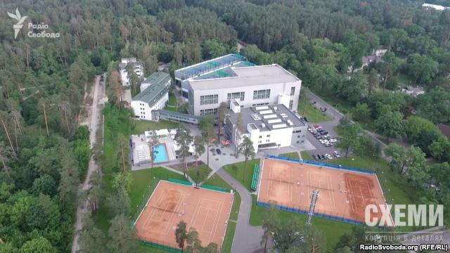 """""""Схеми"""": Замість безкоштовної дитячої спортшколи Кононенко відкрив елітний фітнес-клуб - фото 2"""