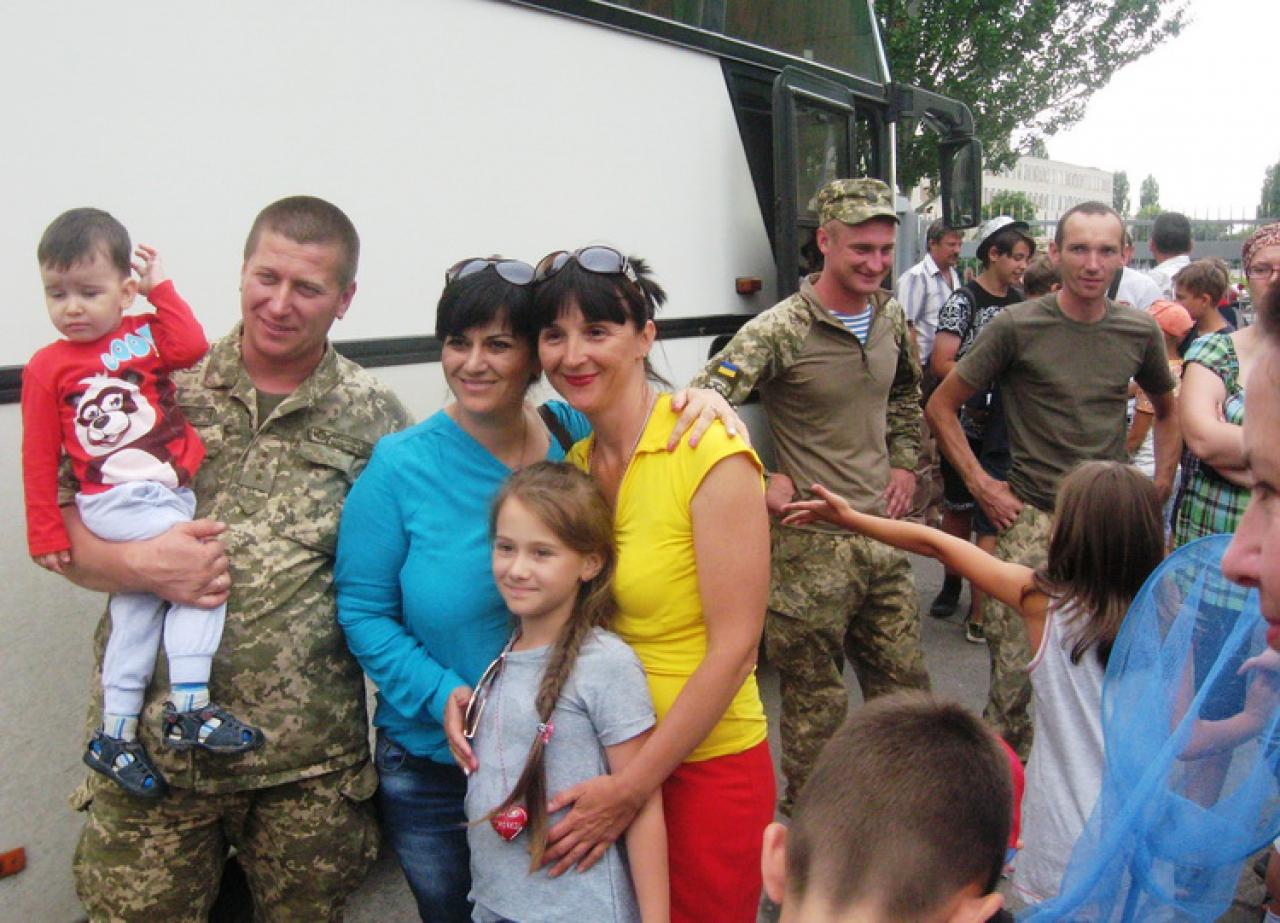 До Миколаєва з відпочинку у Хорватії повернулися діти АТОшників та переселенців - фото 1