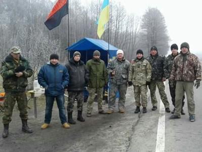 На Львівщині заблокували вже 30 російських фур - фото 3