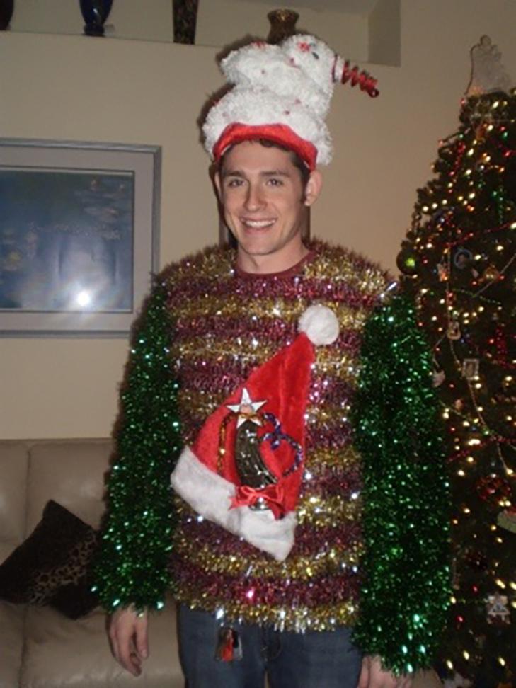 ТОП ідіотських новорічних костюмів - фото 18