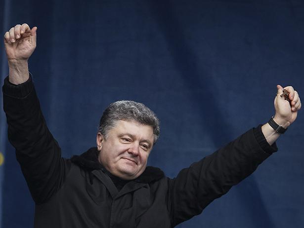 ТОП-7 обіцянок, які давав Порошенко рівно рік тому - фото 3